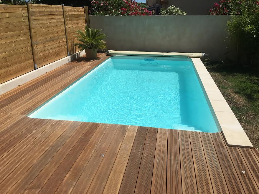 Cout piscine coque great prix piscine coque x lgant tarif for Prix piscine aquilus